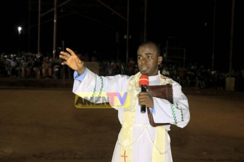 Rev. Father Ejike Mbaka - Chim Akona M (I Will Never Lack, God)