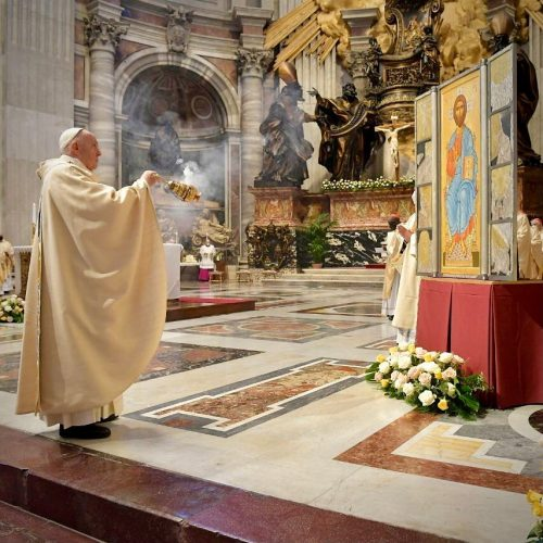 Adoration Of The Blessed Sacrament PDF